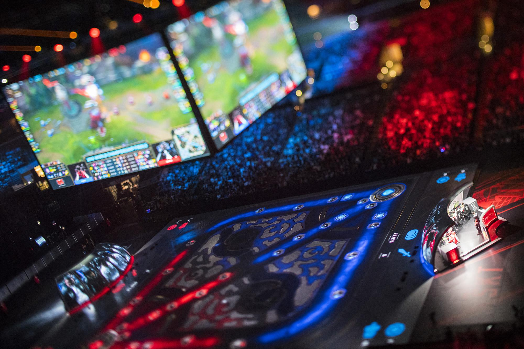 Thumbnail for 2016 League of Legends World Championship Final