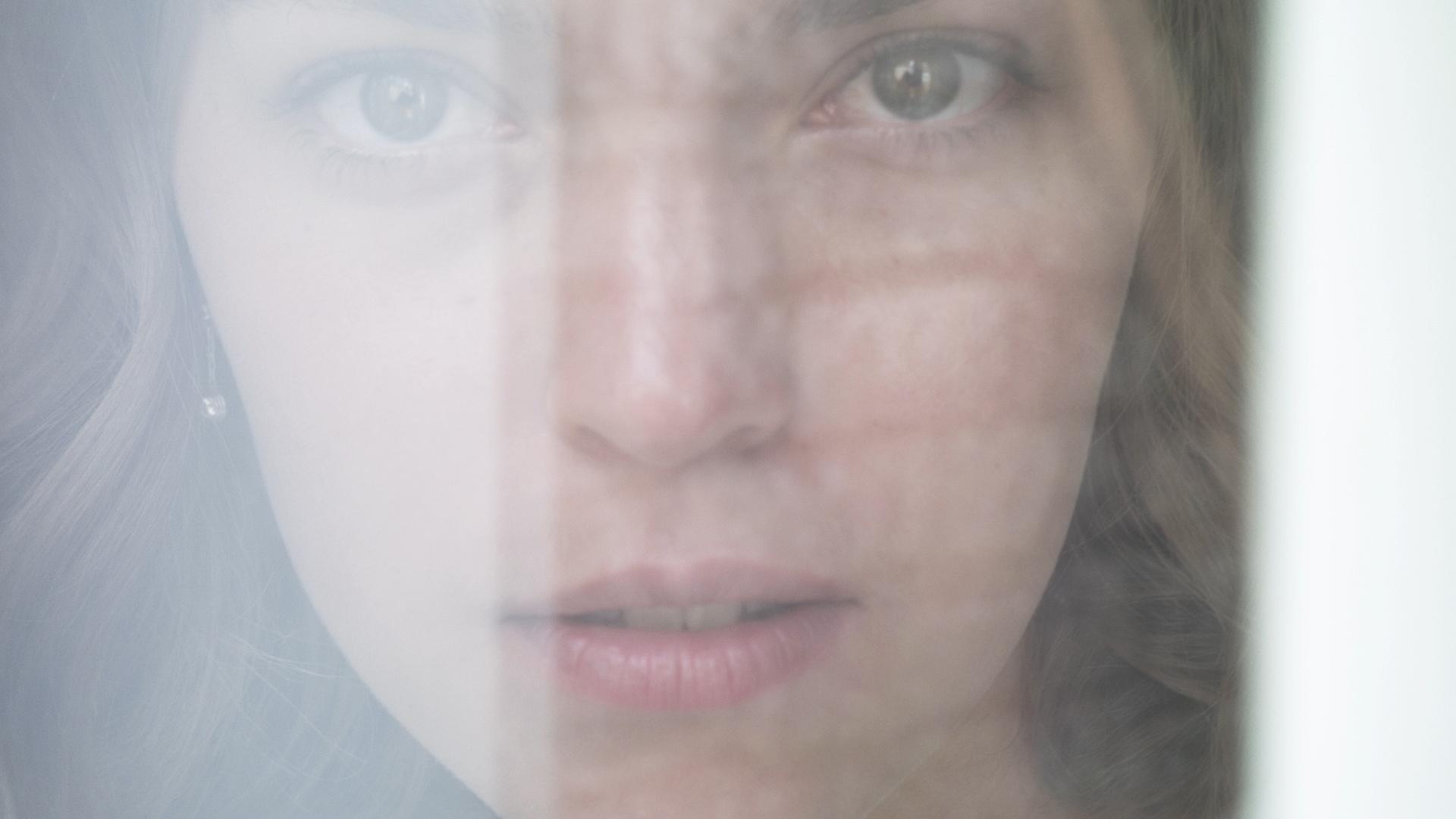 Thumbnail for Estée Lauder Presents Modern Muse Moments
