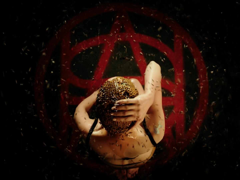 American Horror Story: Cult - Buzzing Thumbnail