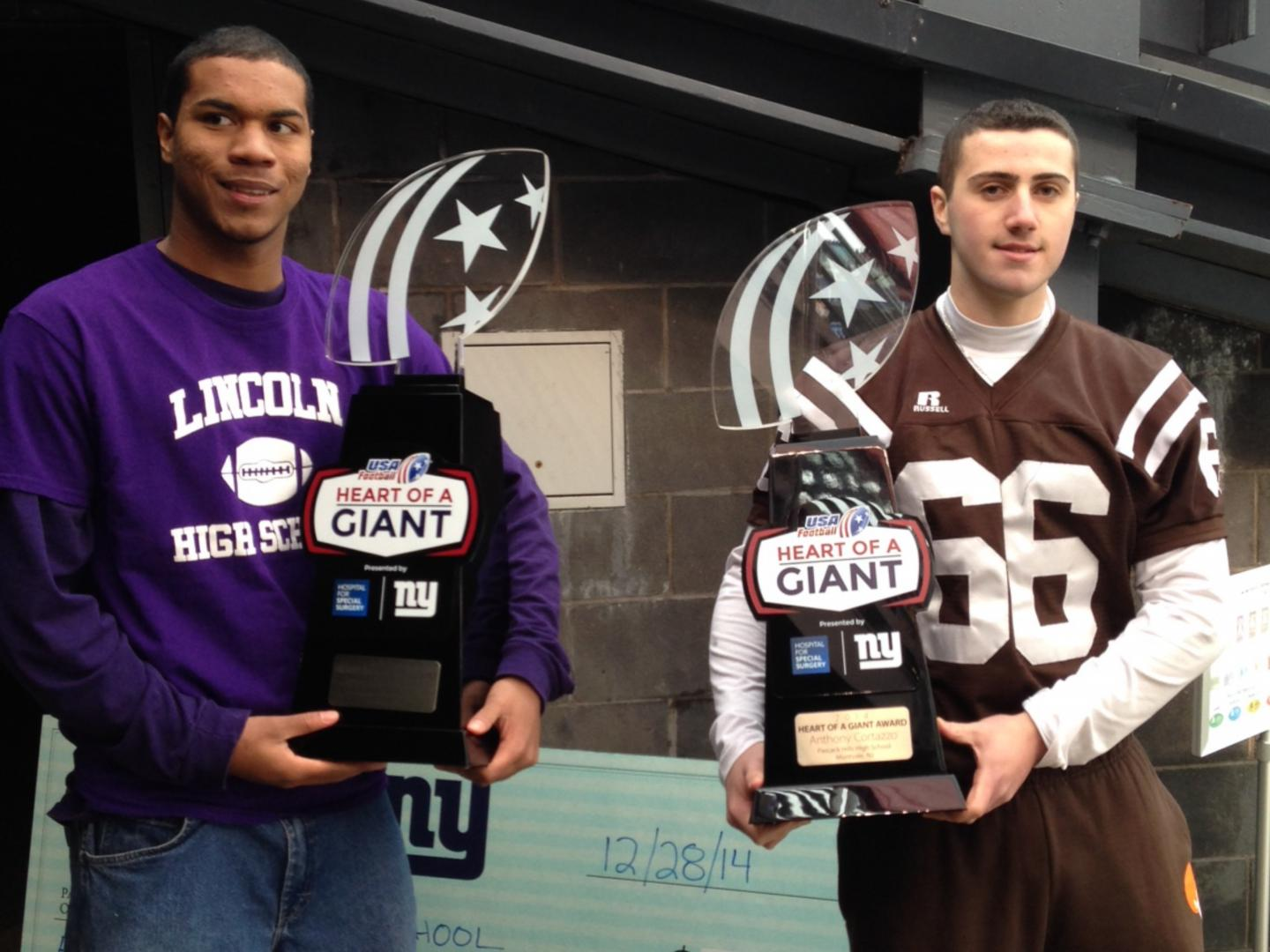 USA Football Heart of a Giant Award presented by Hospital for Special Surgery and the New York Giants Thumbnail