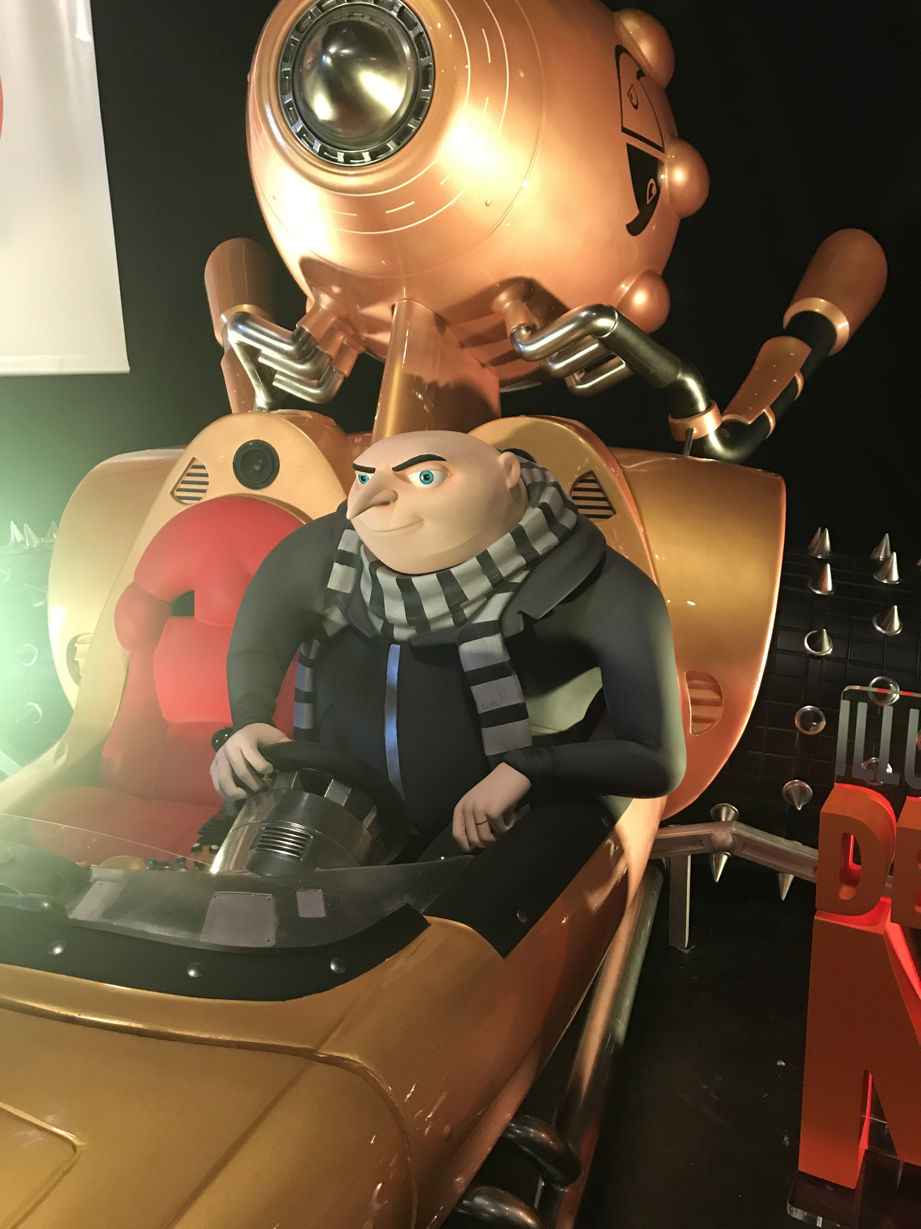 Thumbnail for Despicable Me 3 Sculpture Theatrical Display: Specialty