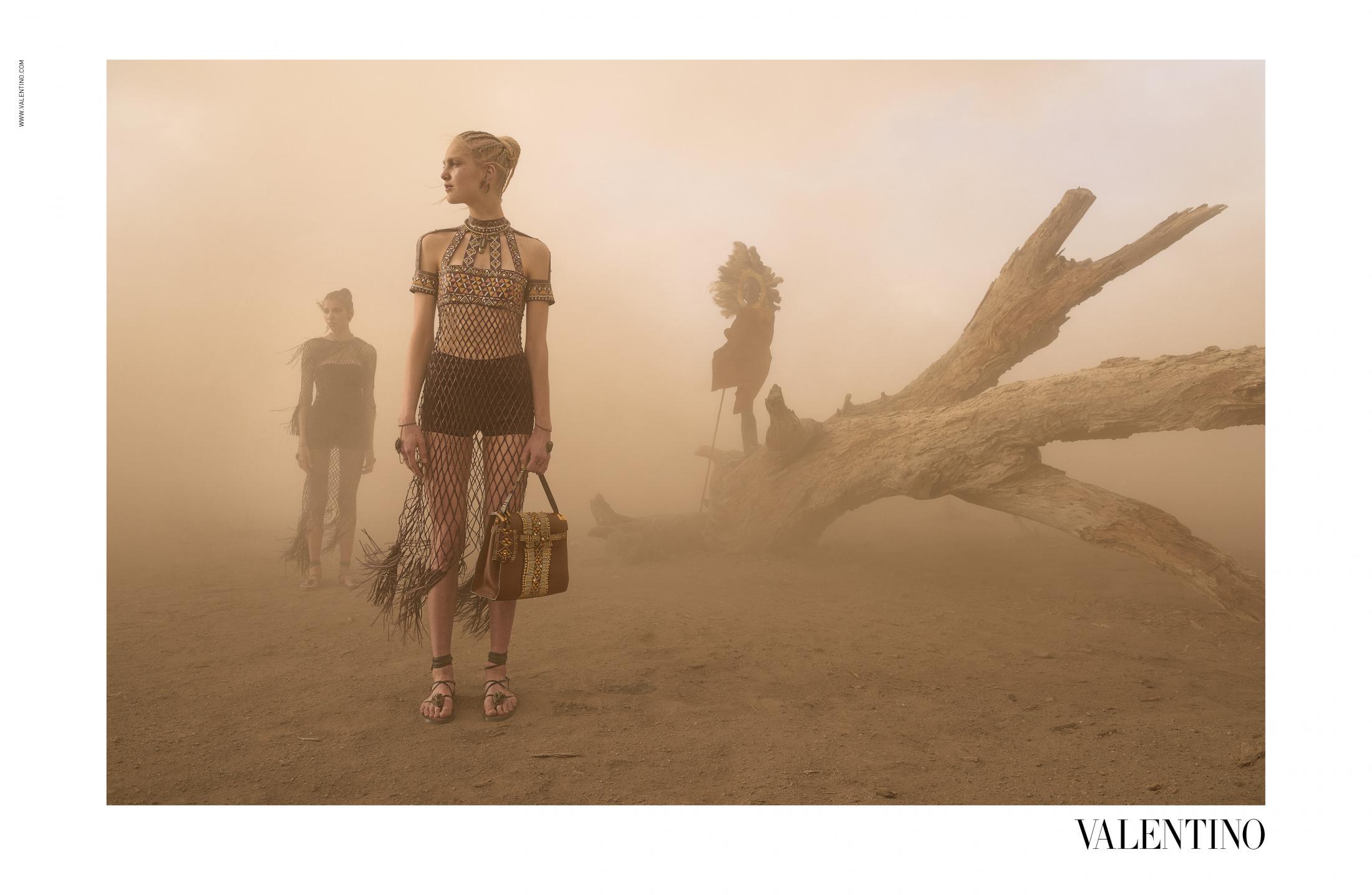 Thumbnail for Valentino SS16 (4)