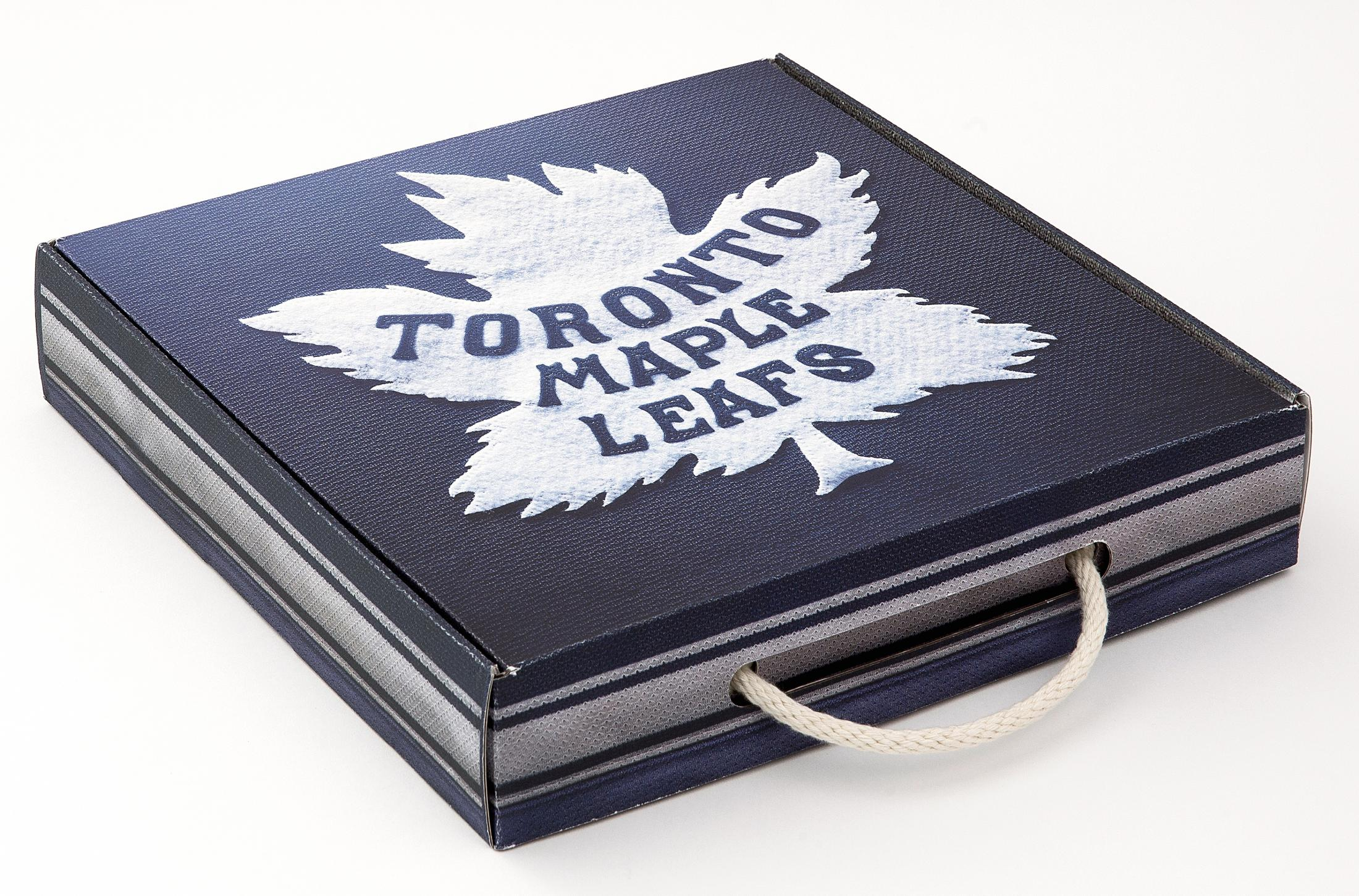 huge selection of 59ac2 7722a Toronto Maple Leafs Winter Classic Jersey Package | Clios