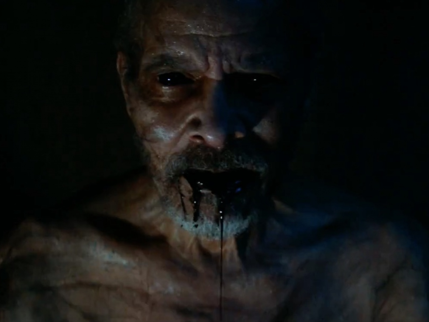 It Comes At Night TV Spot: Discover Thumbnail