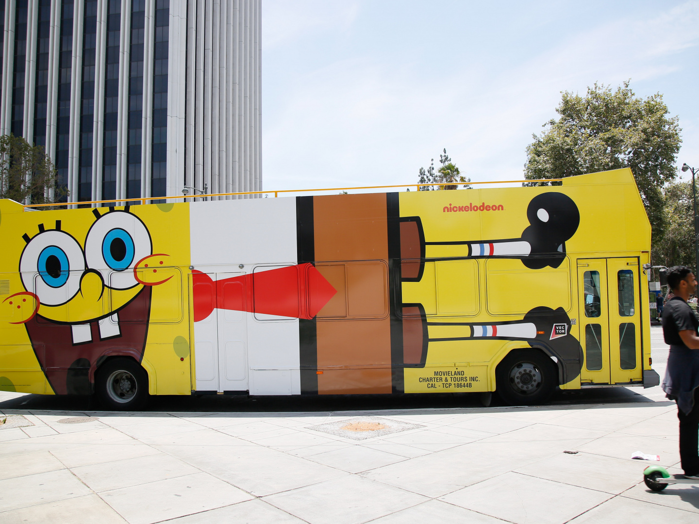 #HappyBirthdaySpongeBob Transit Wrap - Bus Thumbnail