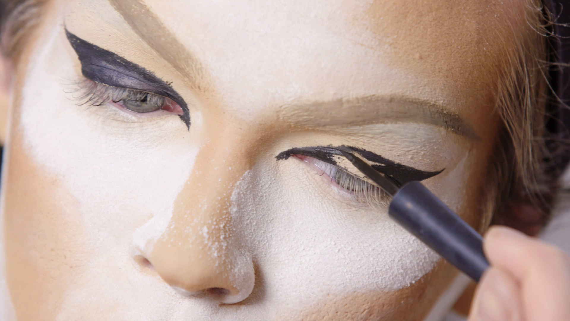 Thumbnail for ELLE About Face: Miss Fame